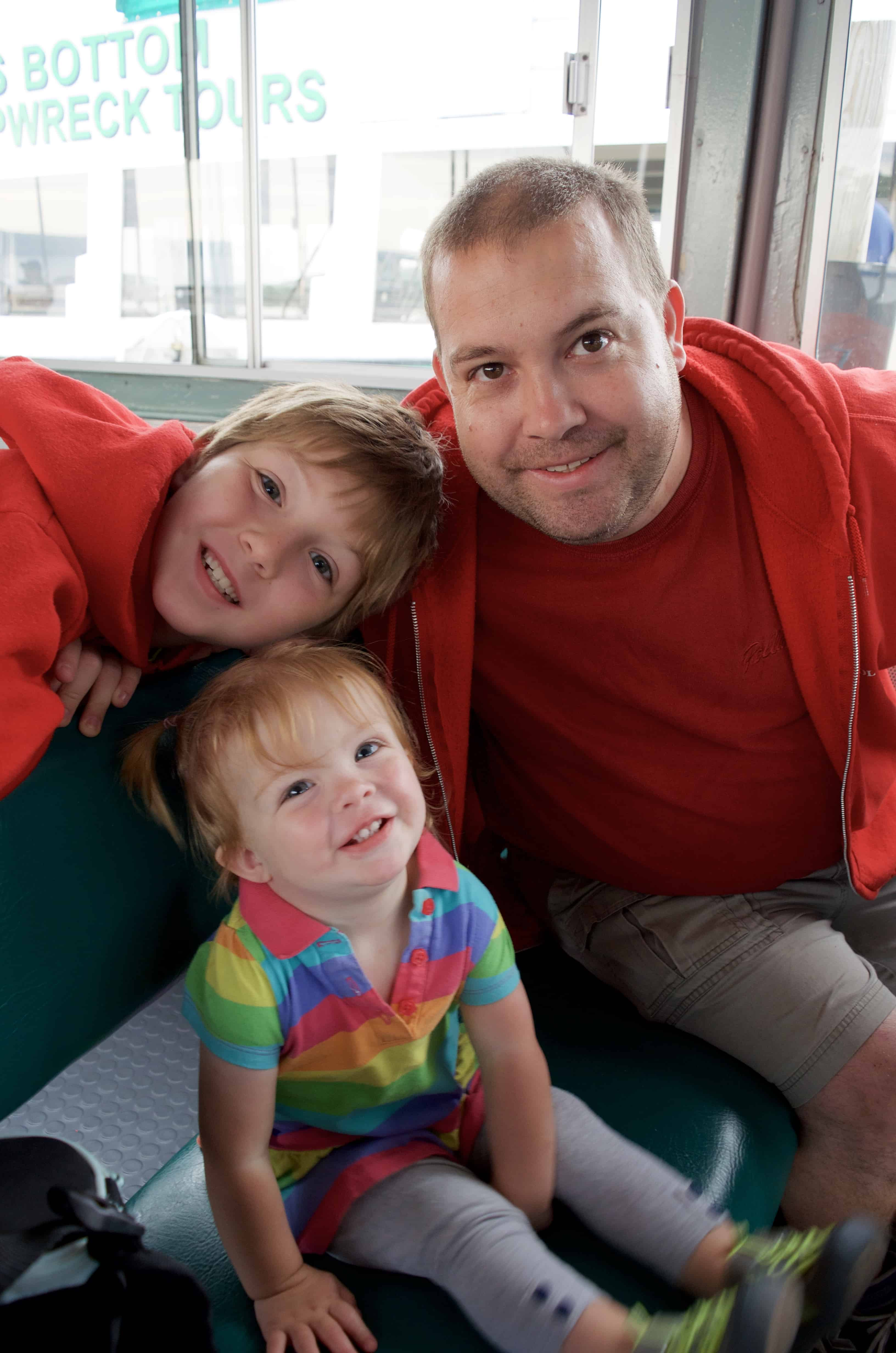 family on Lake Superior cruise in Munising Michigan