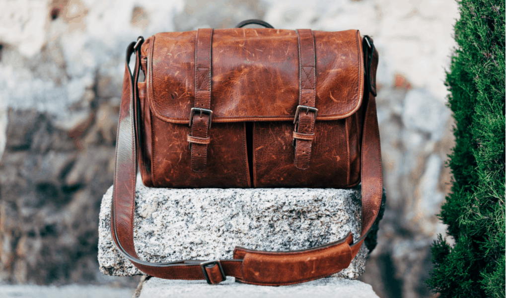 My Travel Bag MUST Haves – What I Can't Live Without on the Road