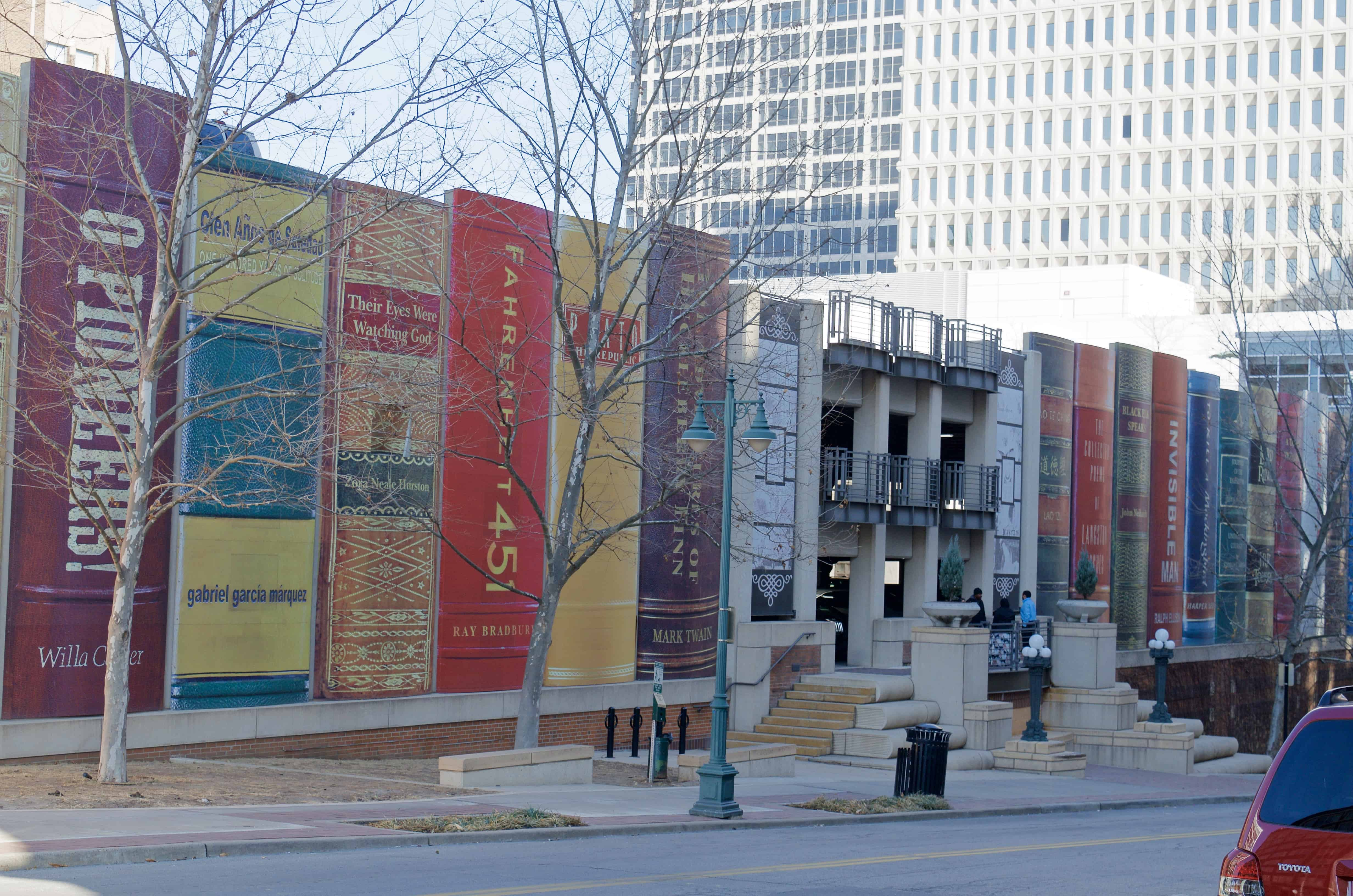 Public Library Chasing History in the Kansas City Area in Missouri
