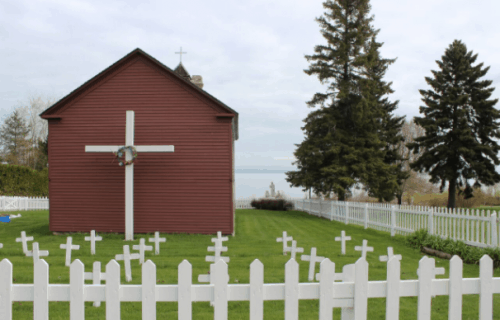 Fascinating Facts & Places to See in Petoskey, Michigan