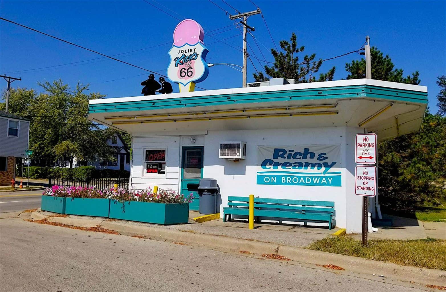Get your Kicks on Route 66 Ice Cream Broadway