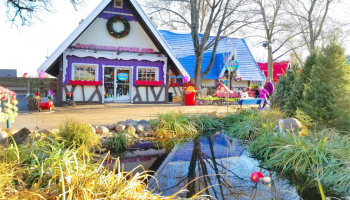 Where to See Santa's Village Every Day of the Year in Illinois!