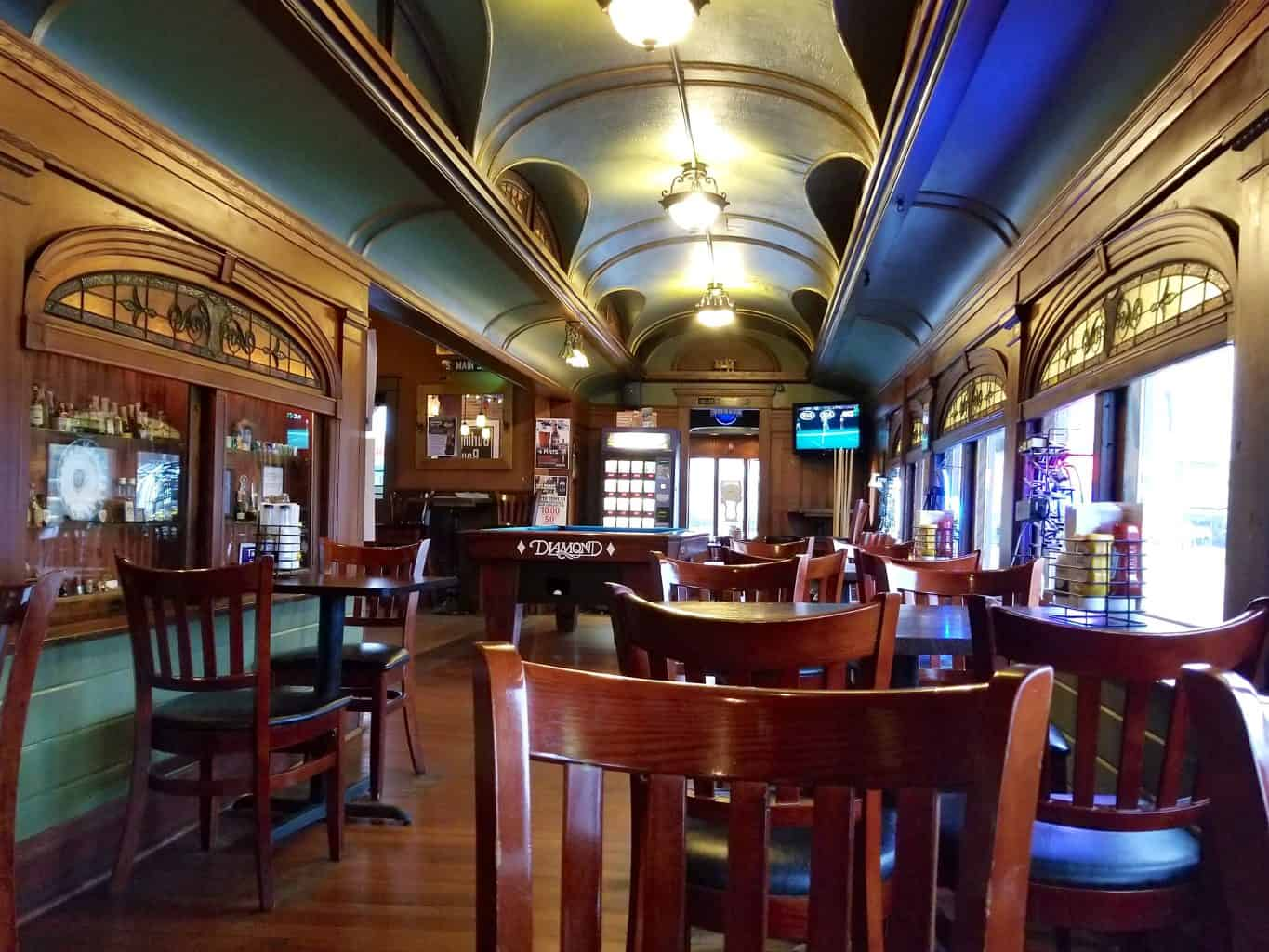 Eating Lunch in the President's Train Railcar #4438 - Bull Moose Bar & Grille Sandwich Illinois