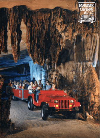 Riding Through Fantastic Caverns wagons, Missouri