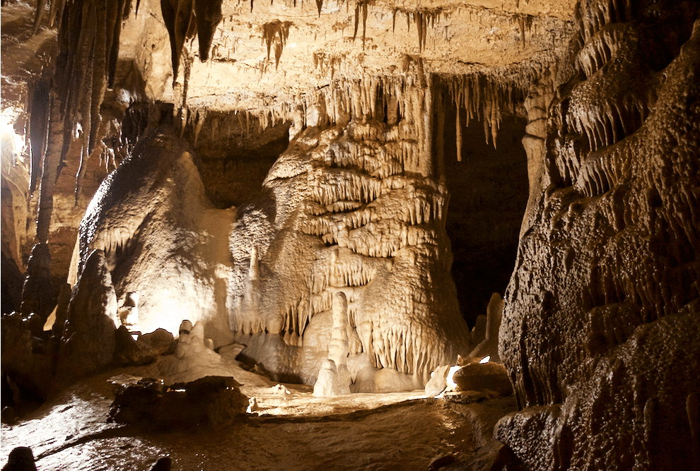 cave formations in Marengo Indiana