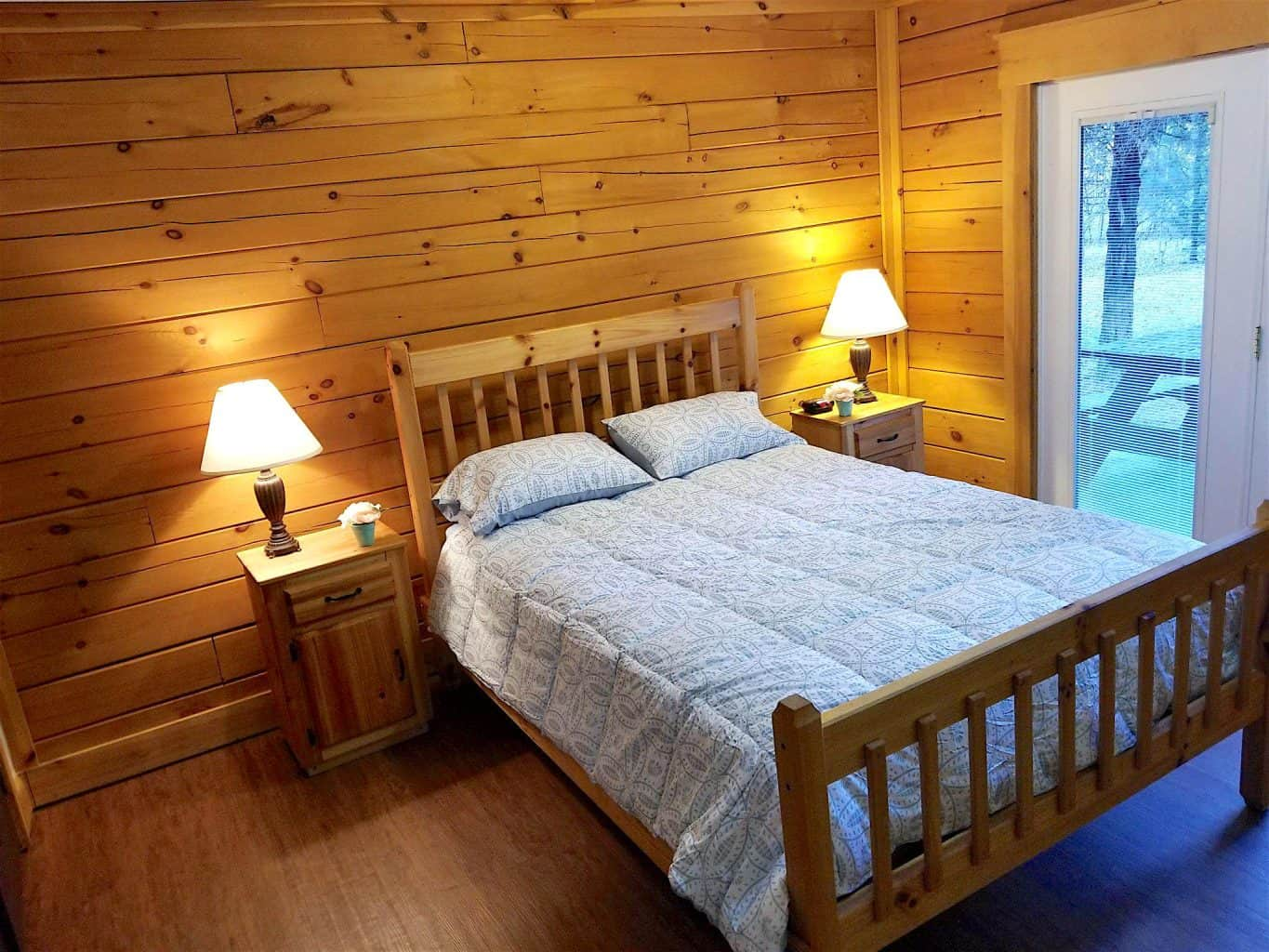 Bedroom at cabin in Buffalo Trace Park