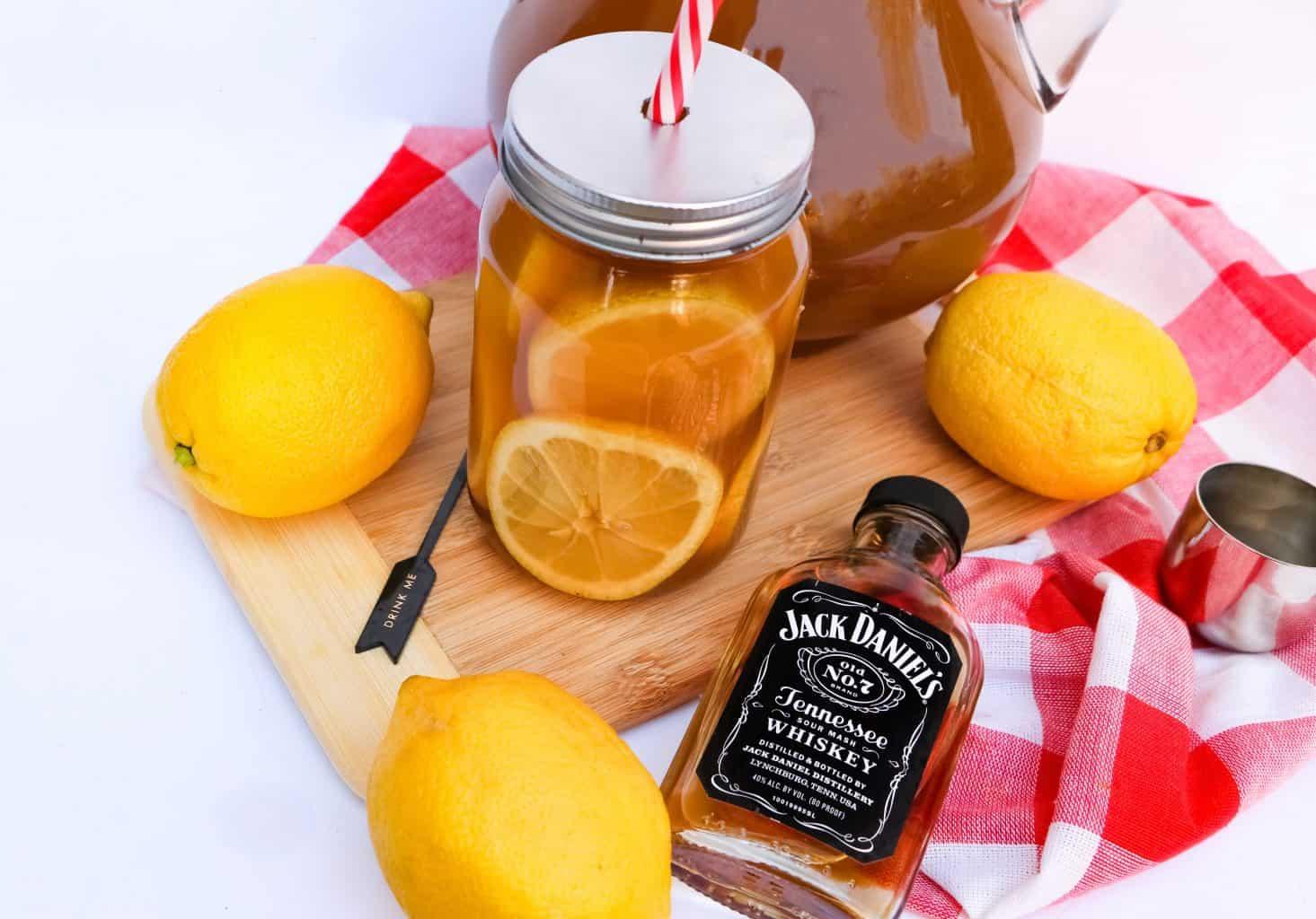 mason jar of spiked tea with jack daniels