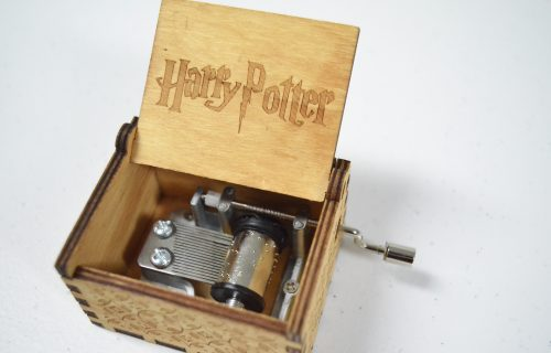 How to Build a Universal Studios Mystery Box for Unboxing