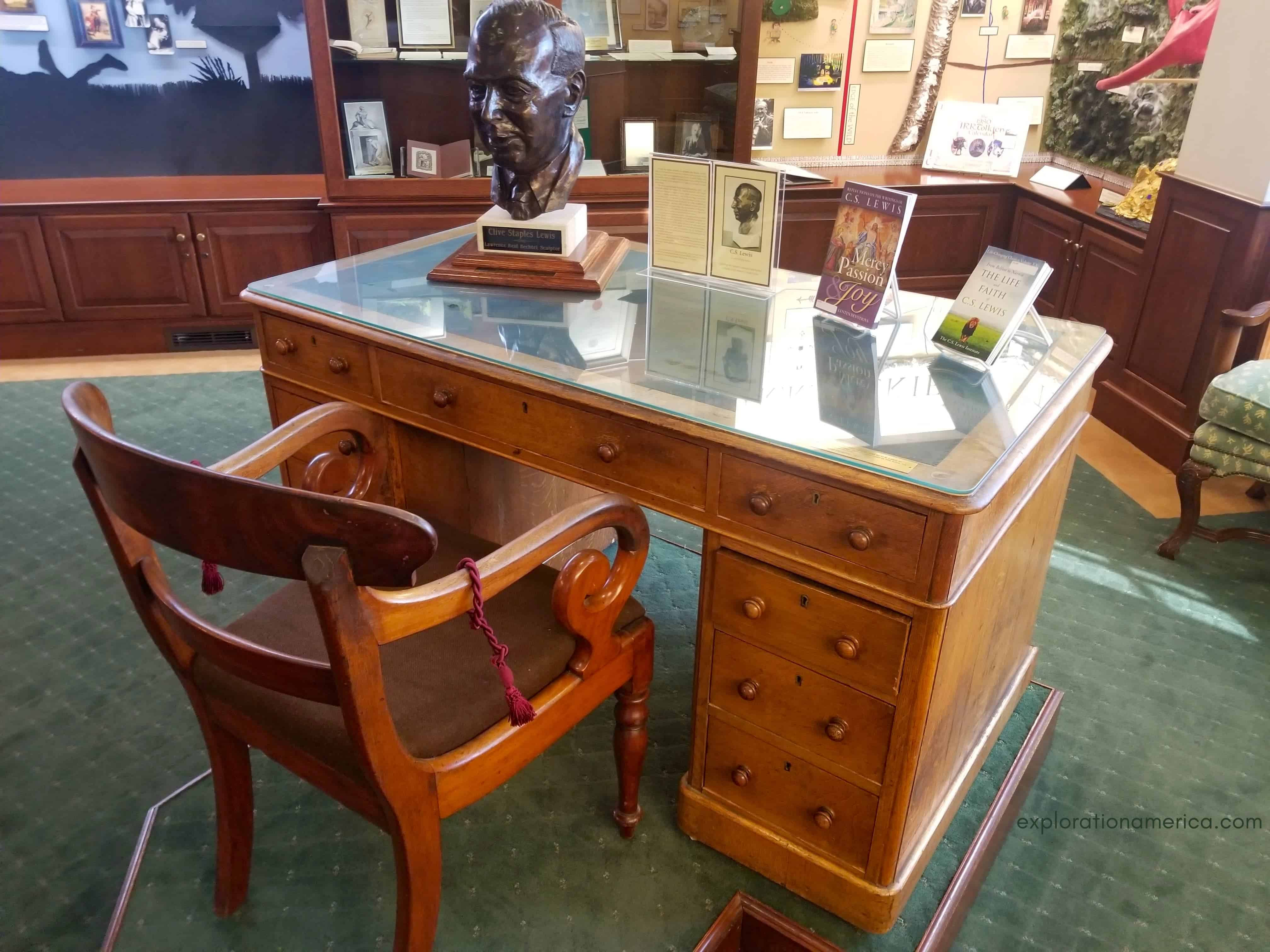 CS Lewis writing desk