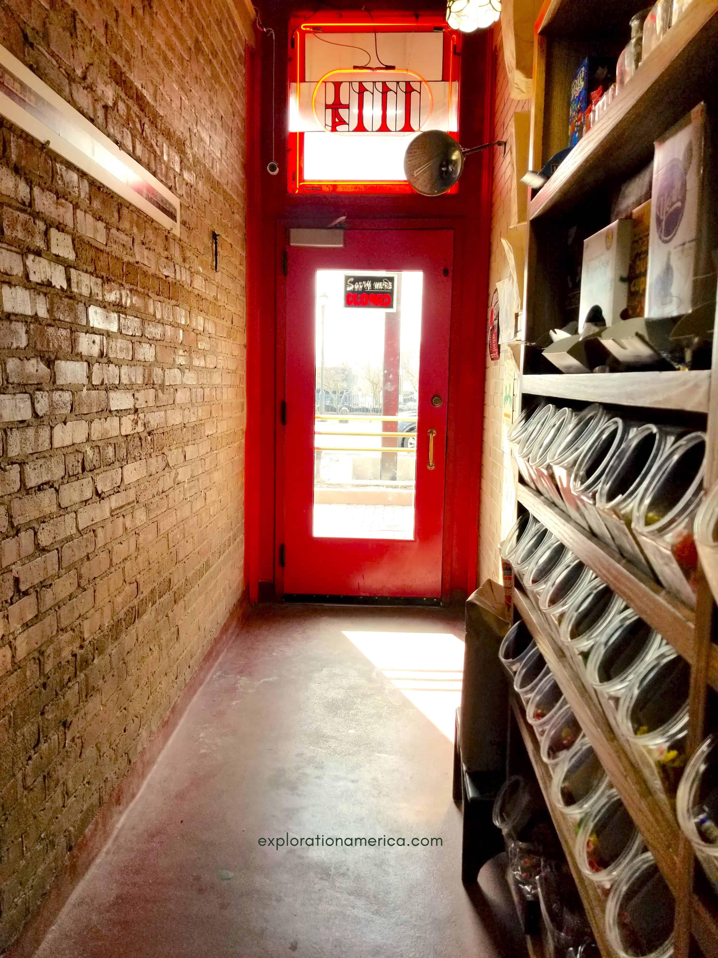 Popcorn Shop alley entrance