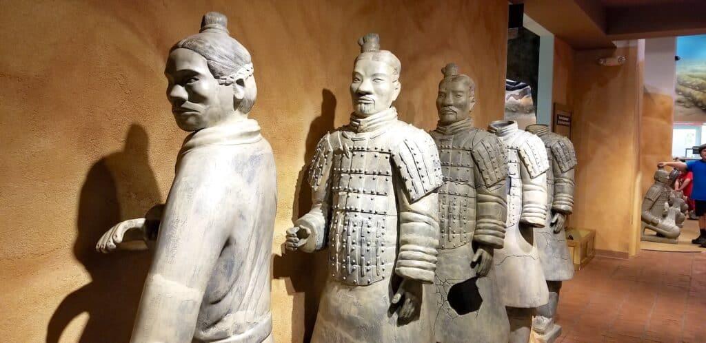 terra cotta warriors museum exhibit