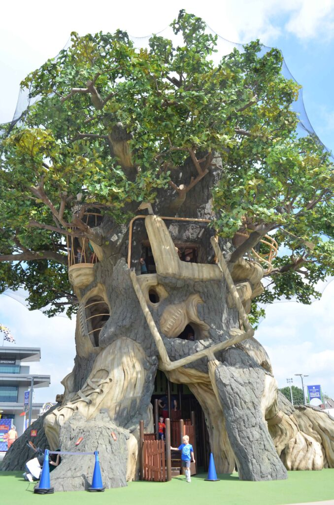 tree house playground