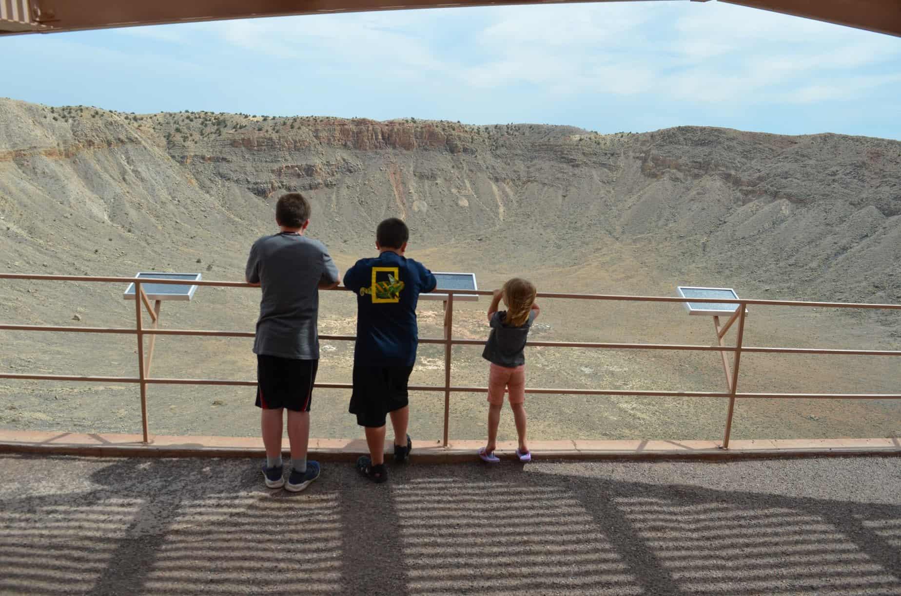 kids on observation deck of meteor crater