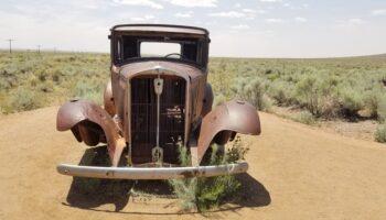 vintage car on Route 66 Arizona