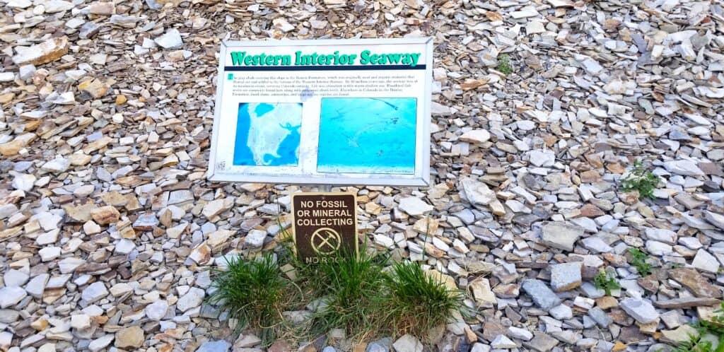 ancient seabed waterway rocks