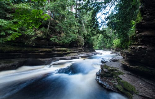 Ultimate Guide to Waterfalls in the Upper Peninsula (Listed by Region)